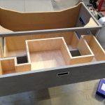 Intérieur tiroir de meuble de salle de bain en contreplaqué boulot filmé
